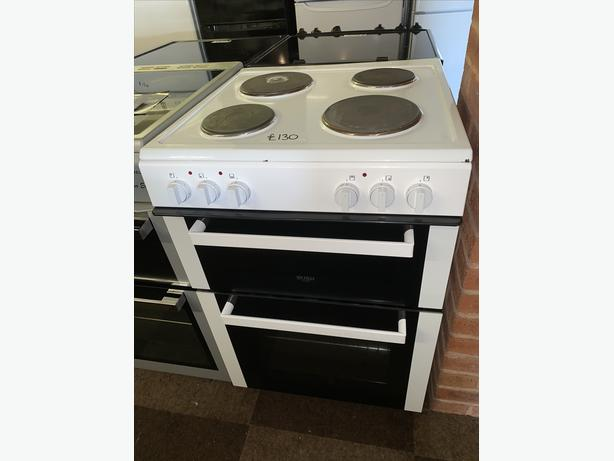 60CM WHITE BUSH ELECTRIC PLATED COOKER