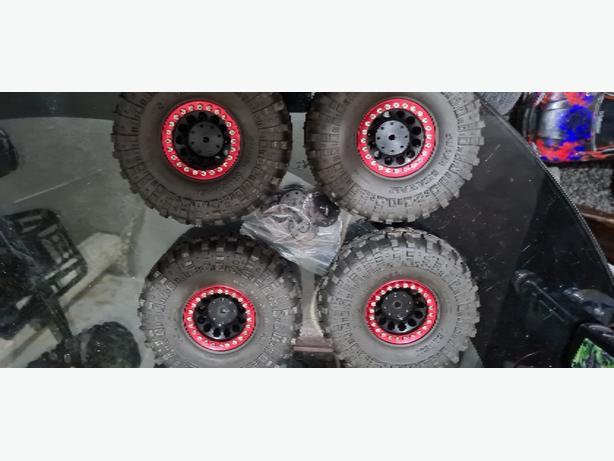 1.9 beadlock wheels and proline super swamper tyres