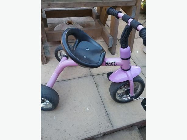 toddlers trike bike
