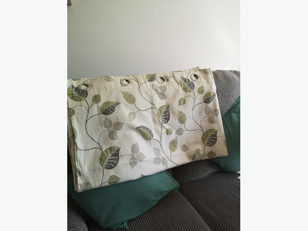 Green leaf eyelet curtains lined