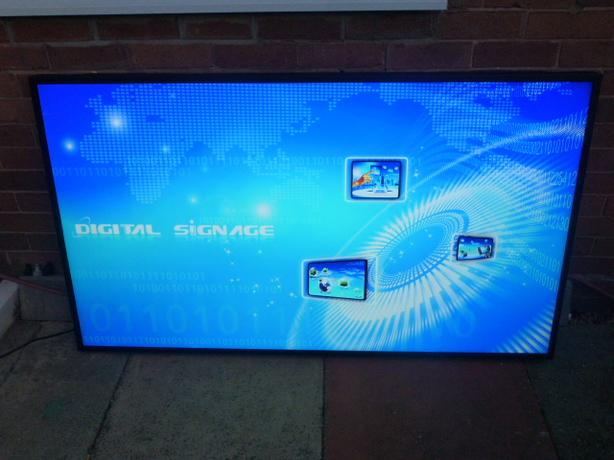 65 INCH LED TV DIGITAL SIGNAGE MONITOR