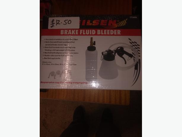 brand new brake fluid bleeder