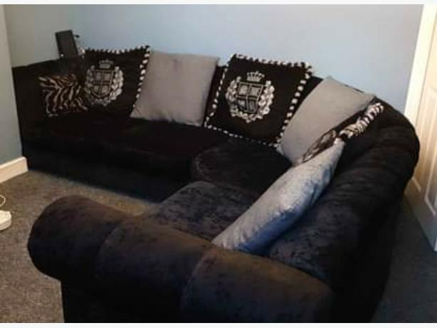 Black Regal Corner Sofa
