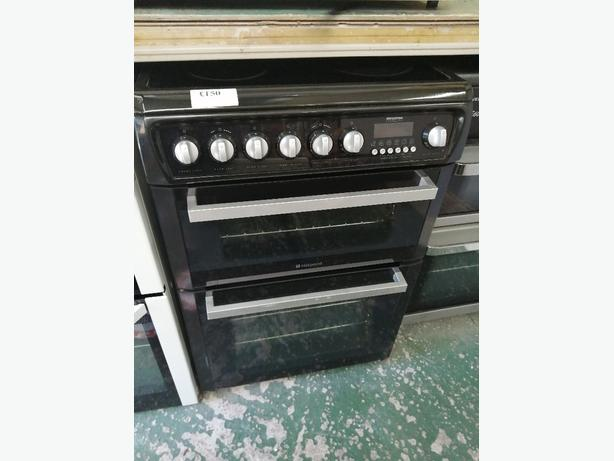 Hotpoint 60 cm electric cooker with warranty at Recyk Appliances