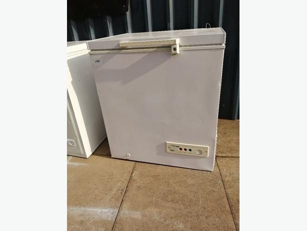 Frigidaire small chest freezer with 3 months warranty at Recyk