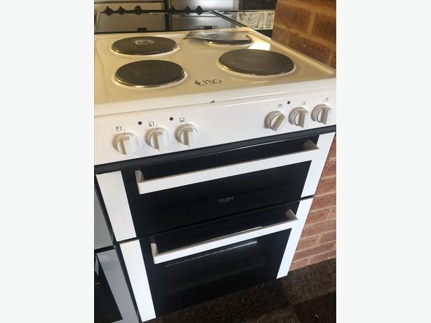 PLANET 🌍 APPLIANCE- BUSH 60CM ELECTRIC COOKER WITH GUARANTEE 🇬🇧🇬🇧