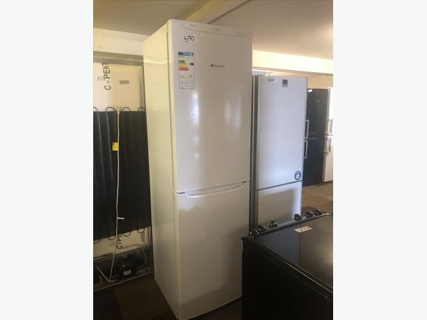 PLANET 🌍 APPLIANCE- HUGE HOTPOINT FRIDGE FREEZER WITH GUARANTEE 🇬🇧🇬🇧🇬🇧