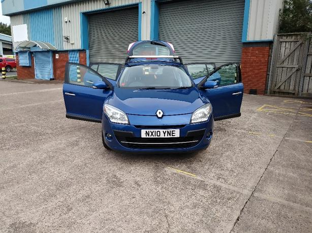 part ex to clear 10 plate Megane £1095.00 no offers