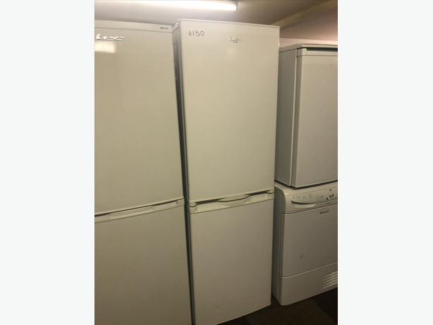TALL BUSH FRIDGE FREEZER - EXCELLENT CONDITION WITH GUARANTEE 🇬🇧🇬🇧🇬🇧
