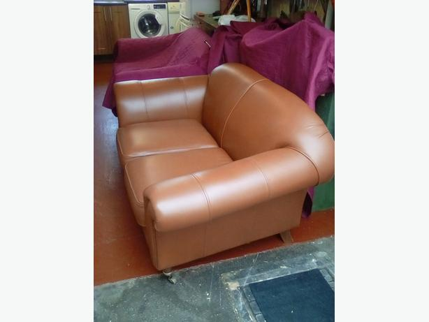 Two 2seater settees