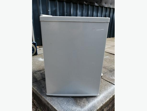 Inventor undercounter fridge with warranty at Recyk Appliances