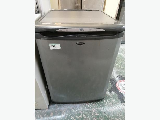 Hotpoint freezer 3 drawers with warranty at Recyk