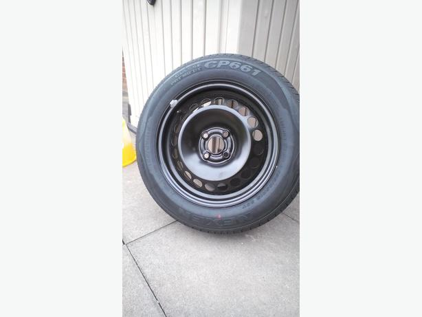 Steel wheel and tyre for vauxhall Corsa