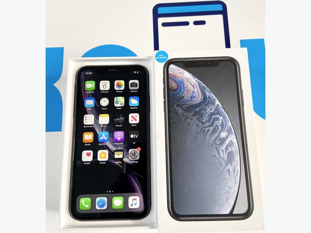 iPhone XR 64GB unlocked to all networks Black Boxed