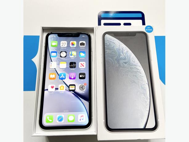 iPhone XR 64GB unlocked to all networks White Boxed + Charger