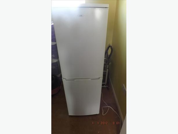 Logic LFC50W12  Fridge Freezer