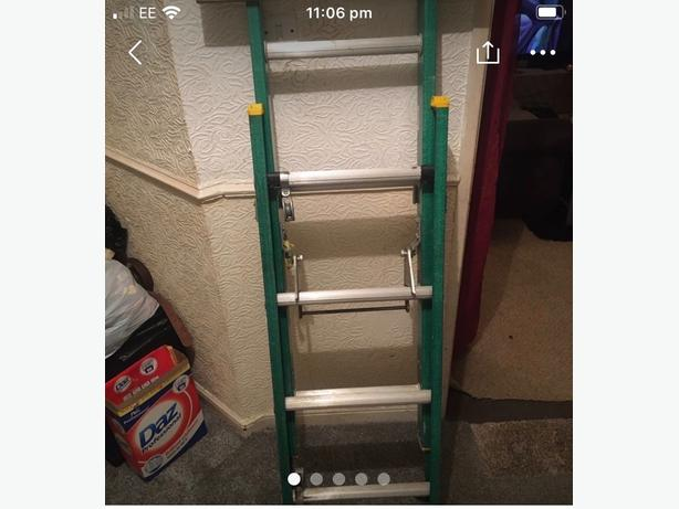6FT EXTENDABLE LADDERS
