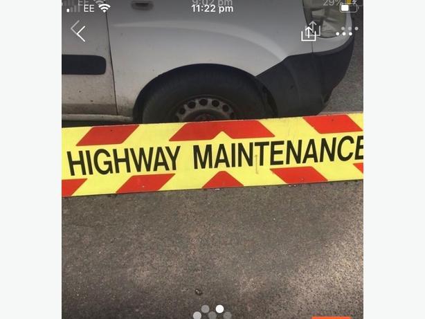 HIGHWAY MAINTENANCE SIGN