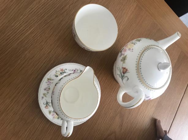 wedgwood mirabelle bone china