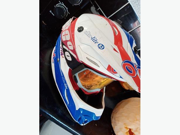 Helmet motox