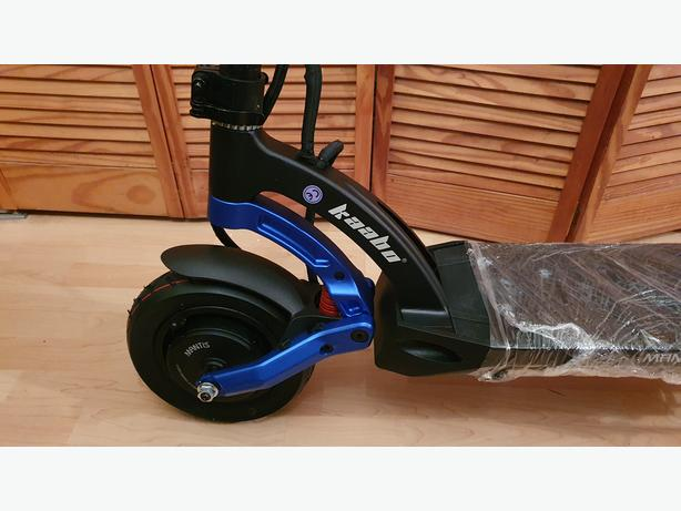 NEW KAABO MANTIS PRO 2000W TWIN MOTOR ELECTRIC SCOOTER 60V 24.5Ah