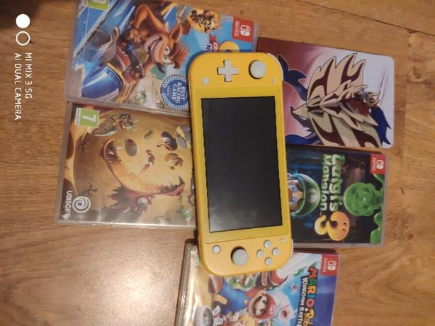Nintendo switch lite with games swap phone