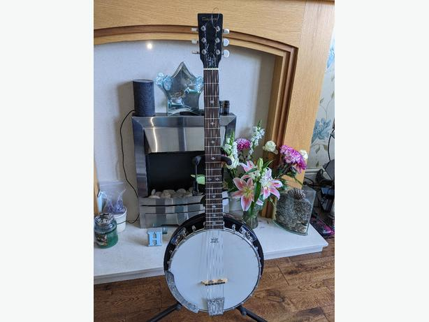 Tanglewood 6 String Banjo remo head free pack of Fender strings