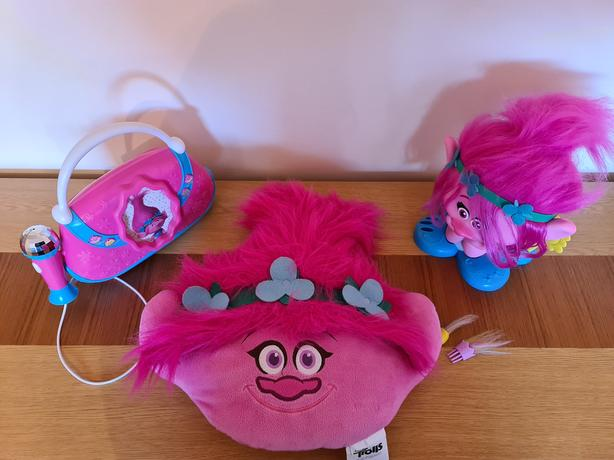 Trolls Styling Head, Cushion & Boombox Poppy