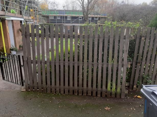 FREE TO COLLECTOR: 1.8M OPEN PALE FENCING