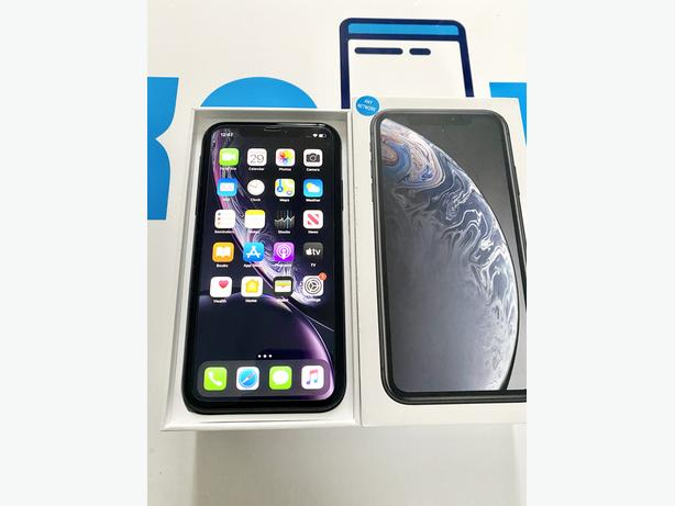 iPhone XR 64Gb unlocked to all networks - Black Boxed