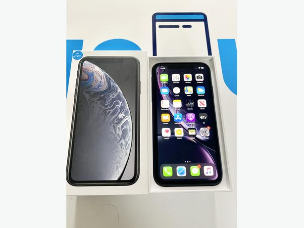 iPhone XR 64Gb unlocked to all networks Boxed Black + Charger + Warranty