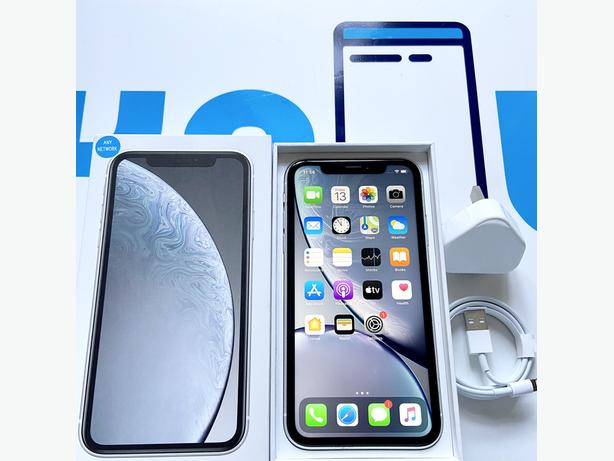 iPhone XR 64Gb unlocked to all network Boxed (White)