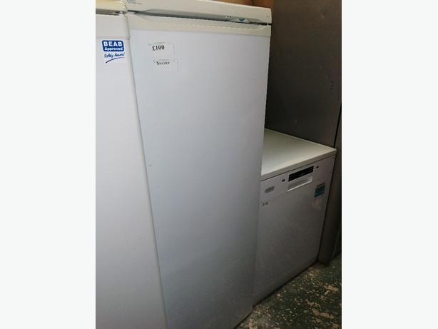 Lec freezer white with warranty at Recyk Appliances