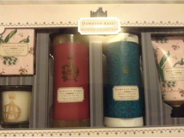 Downtown Abbey Gift Set BRAND NEW