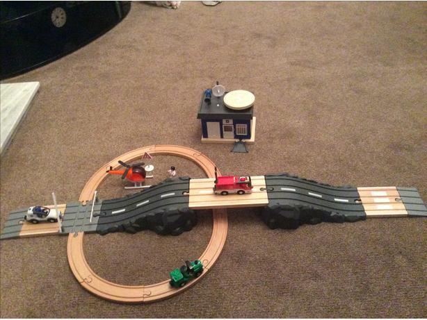 Train and Road Control Room Set