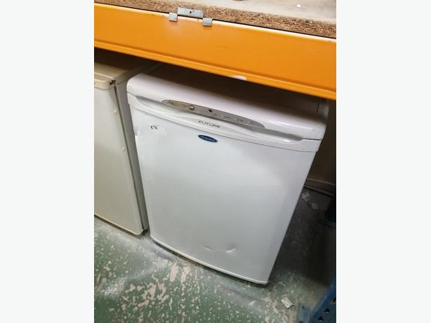 Hotpoint undercounter freezer 3 drawers with warranty at Recyk Appliances