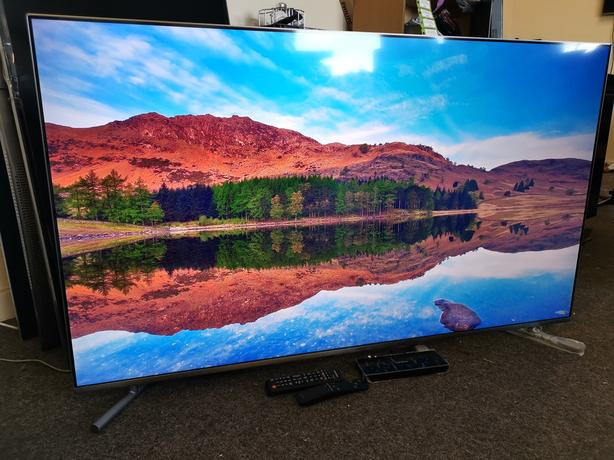 QLED 55 INCH SAMSUNG 4K ULTRA HD SMART TV+APPS+WIFI+REMOTE+DELIVERY