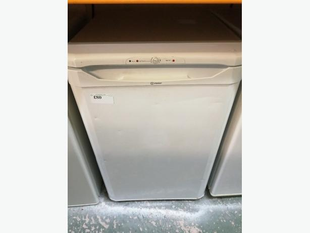 Indesit undercounter freezer 3 drawers with warranty at Recyk