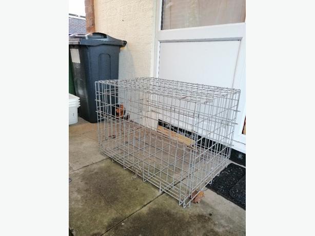 Dog cage - medium - Delivery - £10 -