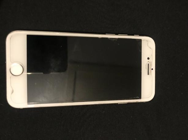WHITE IPHONE 8 64gb