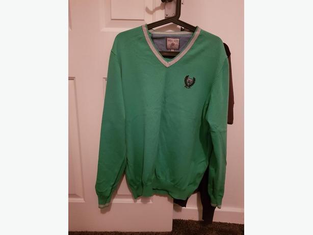Men's green jumper