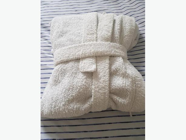Ladies white fluffy bathrobe