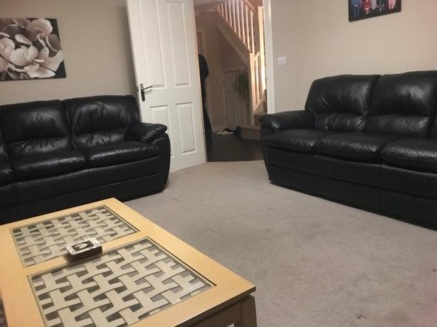 3+3seater Black Real Lether sofa set /DELIVERY /