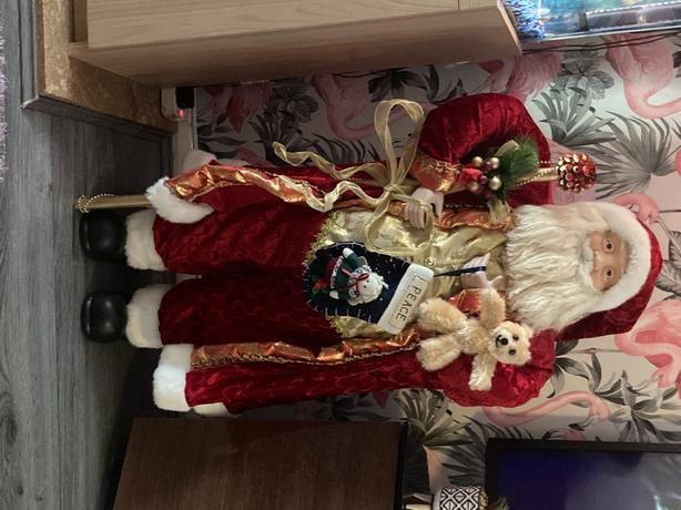 2ft standing santa