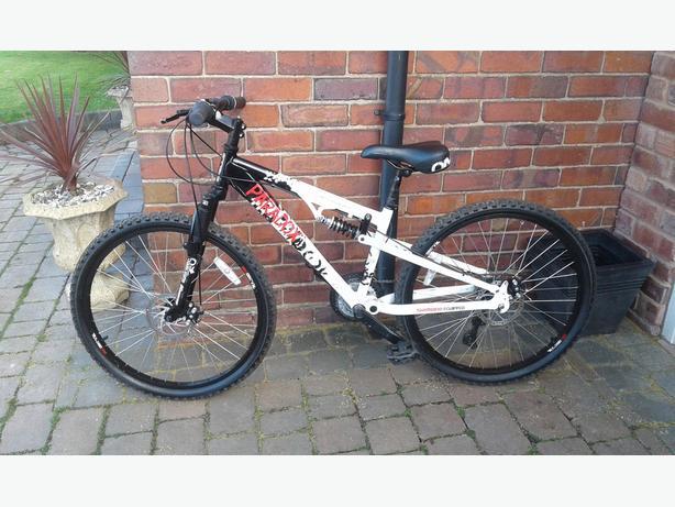 Montain bike win hardly used bargain  £99