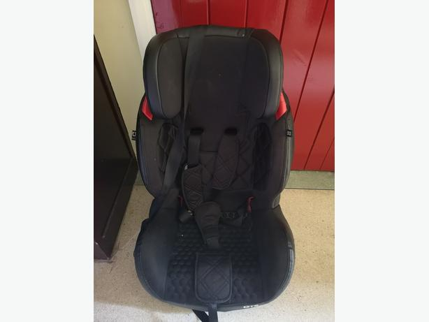 Car seat £30 ono was over £150 when new.
