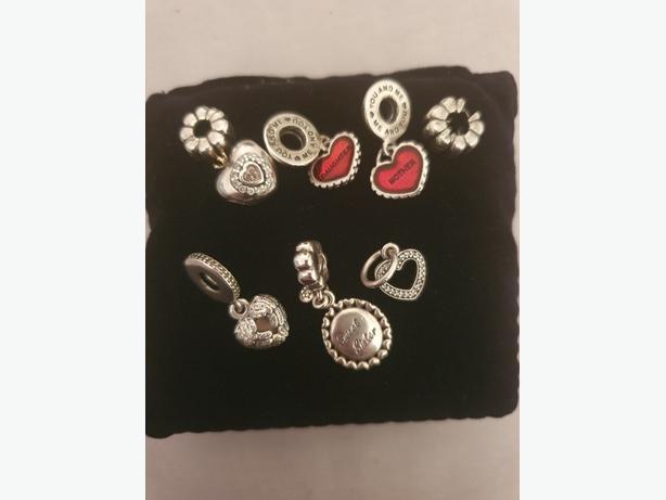 Pandora bracelet and 7 charms