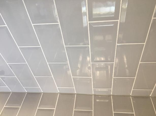 143 Light Grey Metro Tiles 10x20cm
