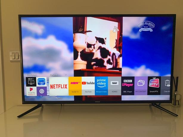 "4K ULTRA HD SMART SAMSUNG 40"" LED TV+built in apps+wifi+remote+DELIVERY"