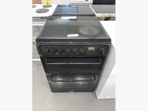 PLANET APPLIANCE - 60CM HOTPOINT ELECTRIC COOKER IN BLACK